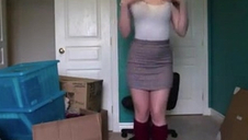 Messy Teen Chick Undresses